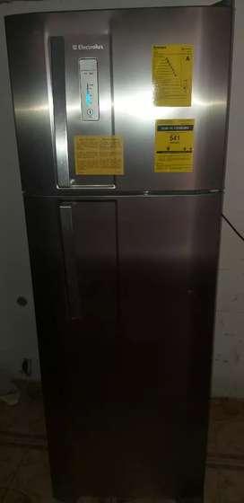 Refrigeradora electrolux.