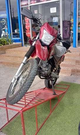 MOTO OROMOTO 200 GY TIPO PANTANERA