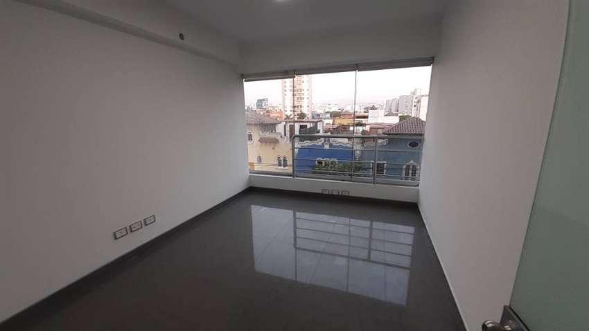 Alquiler de Oficina 67 m2 Excelente Ubicación 0