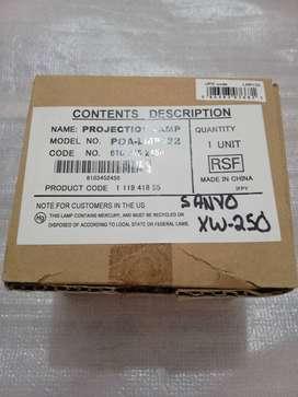 Lámpara Sanyo XW250