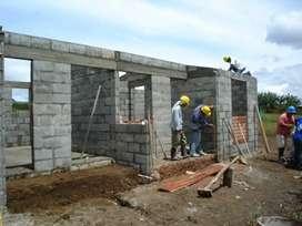 Se construyen casas y reformas