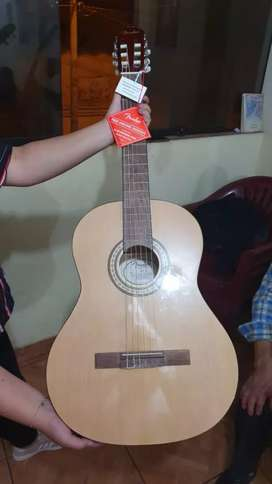 Vendo Guitarra Fender Clásica totalmente nueva