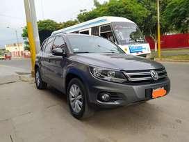 Volkswagen Tiguan año 2015 excelentes condiciones