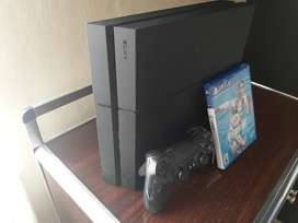 Se vende play 4 Slim de 500gigas