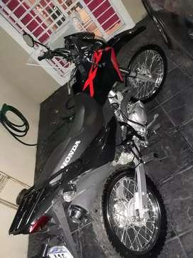 Vendo  moto honda xr150 modelo 2019