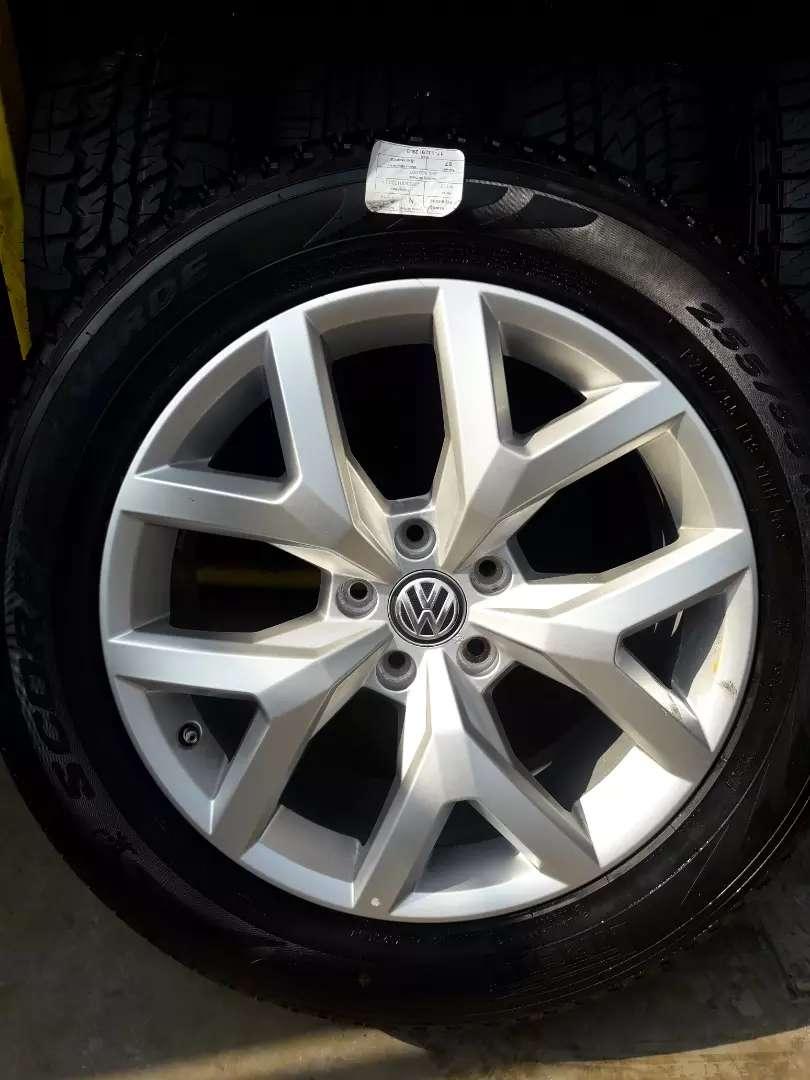 Aro 19 Volkswagen Amarok 0