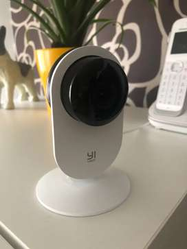 Cámara de seguridad con visión nocturna y notificaciones de movimiento y/o ruido en tiempo real al celular