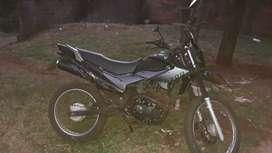 Moto 200 todos los papeles