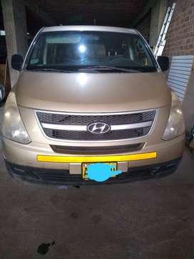 Hyundai H1 carga + 5 pasajeros