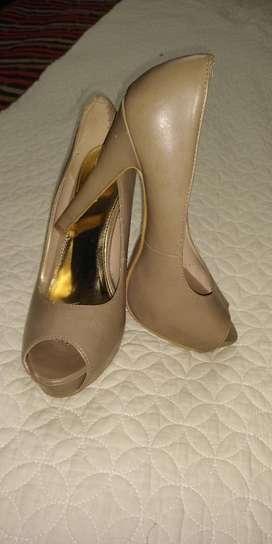 Zapato 38 marca ella