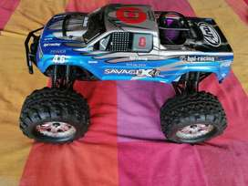 VENDO O  PERMUTO - Modelo radio control SAVAGE X 4.6 BIG BLOCK
