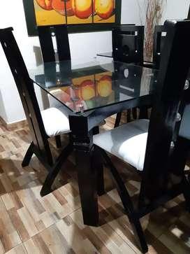 Se vende comedor en madera Roble moderno