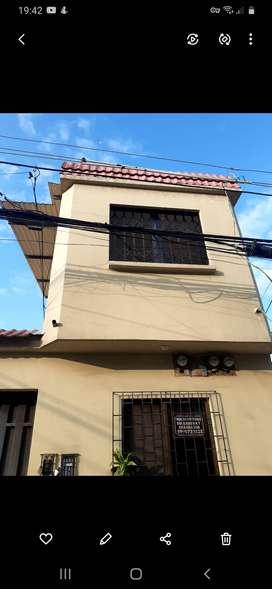 Alquilo departamento Alborada