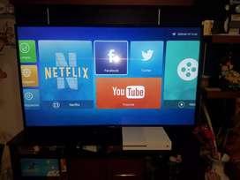 SMART TV LED 55 PULGAS 4K marca AMS