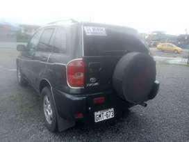 Se vende carro RAV4