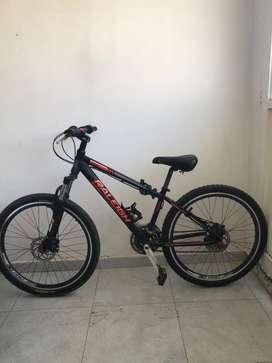Vendo bicicleta Raleigh, accesorios SHIMANO