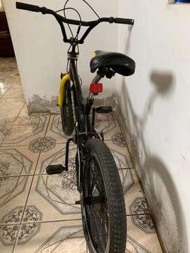 Bicicleta BMX marca best