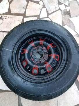 Vendo rueda con cubiertas nuevas