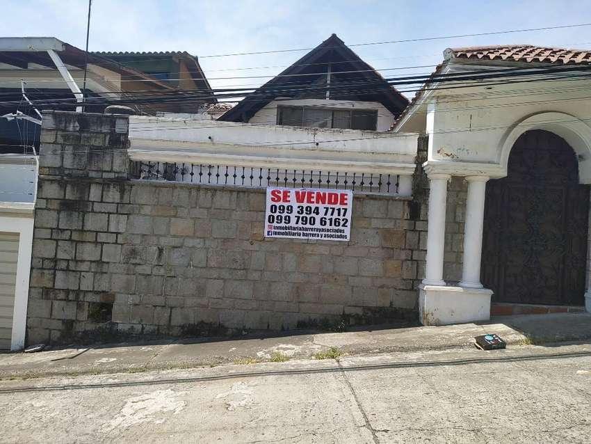 Venta de Casa en Cdla. Lomas de Urdesa, Norte de Guayaquil 0