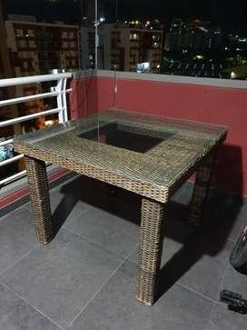Mesa de 4 Puestos en Rattan
