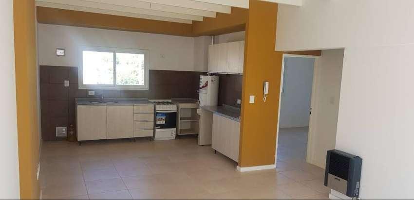 Alquilo departamento a estrenar de 2 habitaciones con cochera en zona Puente Olive