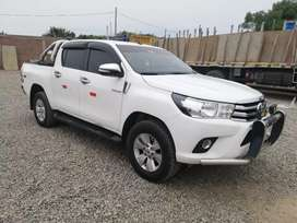 Toyota hiluxe  4x4 año 2016 ful equipo srv  conservada uso personal thailandesa 28500 dolares