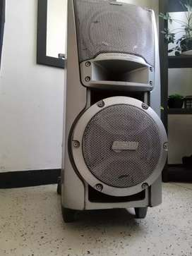 SUPER  SONY WOOFER / ESTÉREO D.S.W