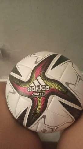 Balón jugado en el partido de la selección colombiana vs argentina