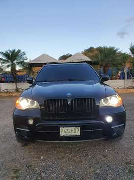VENDO LINDA BMW X5 50i TWIN TURBO 2013 KIT M V8 SUPERCARGADA