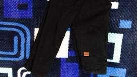 Vendo jeans negro nuevo