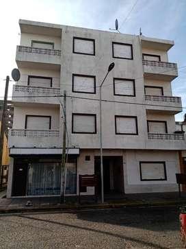 Departamento 2 ambientes, c/ balcón