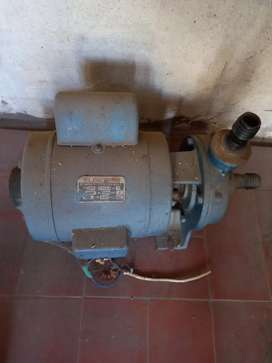 Bomba centrifuga Elektrim 3/4 pesada.