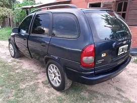 Chevrolet corsa familiar modelo 2010