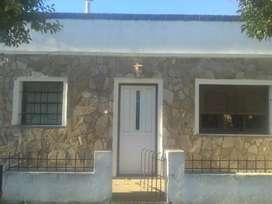 Vendo casa y terreno en villa Ramallo