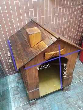 Casa para perro grande-mediano