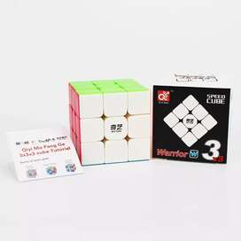 Cubo de Rubik 3x3 Stickerless QIYI speedcubing
