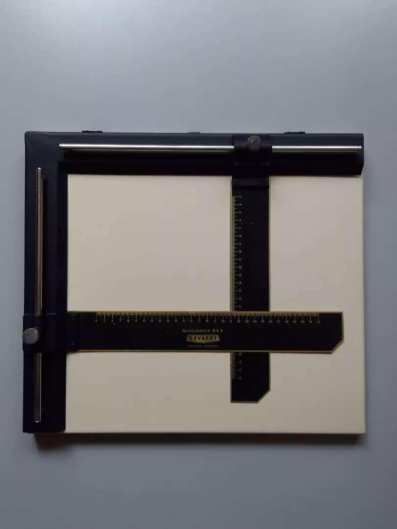 Marginador Laboratorio Fotográfico 32 X 26
