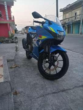 Venta de moto SUSUKI RGSX150 FI