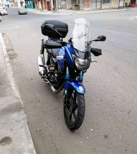 Se vende de oportunidad moto pulsar 220 SS