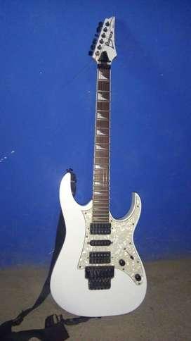 Guitarra Ivanez RG350 DX exelente estado