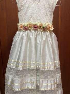 Hermoso vestido para nina de 7 u 8 a~os