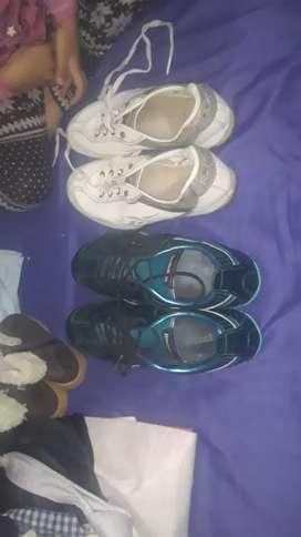Zapatillas de himbre y mujer