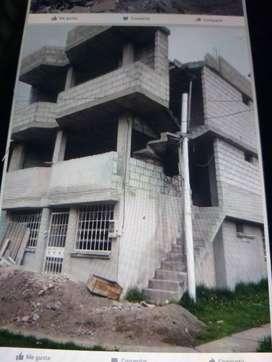 casa de 3 pisos en contruccion