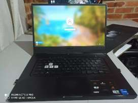 Laptop Asus tuf Dash