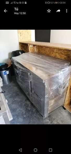 Mesa de trabajo con refrigeración