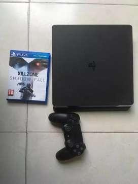 PS4 en buen estado!