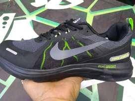 Tenis Nike Shield Caballero