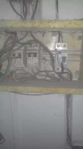Electricista matriculado.