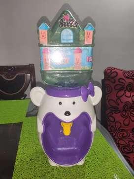 Dispensador de agua para niños