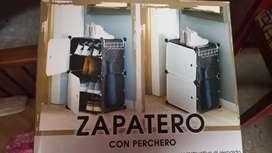 Zapatero con perchero nuevo